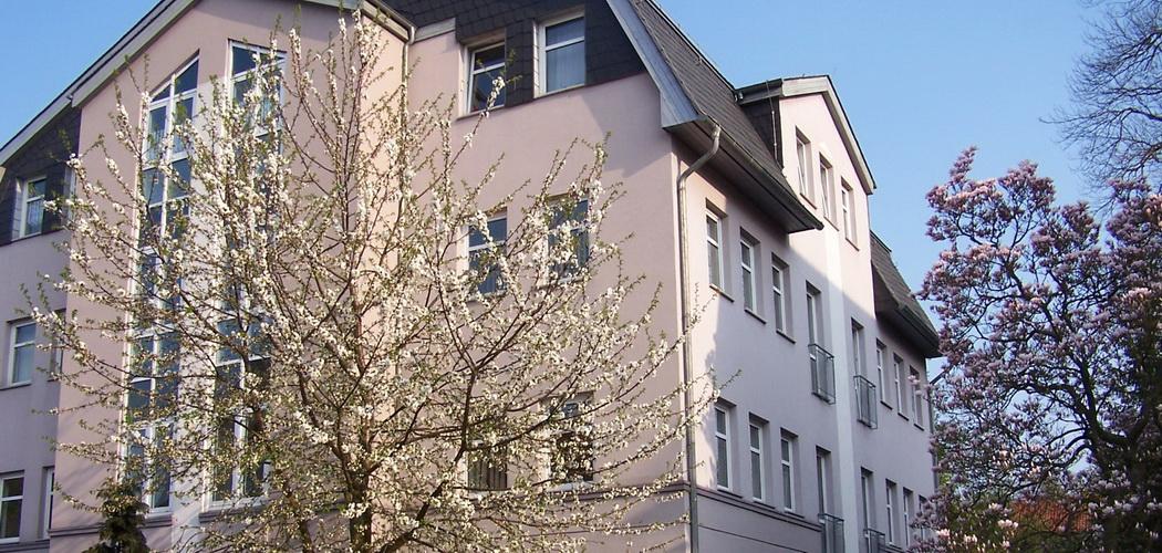 Unsere Praxis: Helenenstraße 10